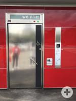 barrierefreie Toilette im Bürgerpark Außenansicht (2)