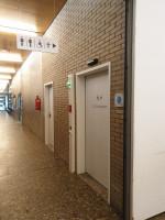 Toilette für alle Rathaus außen